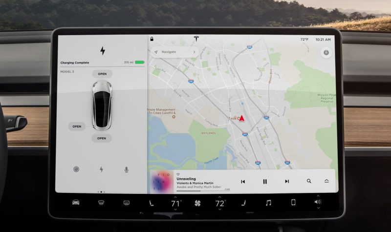 UI elektromobilu Tesla Model 3