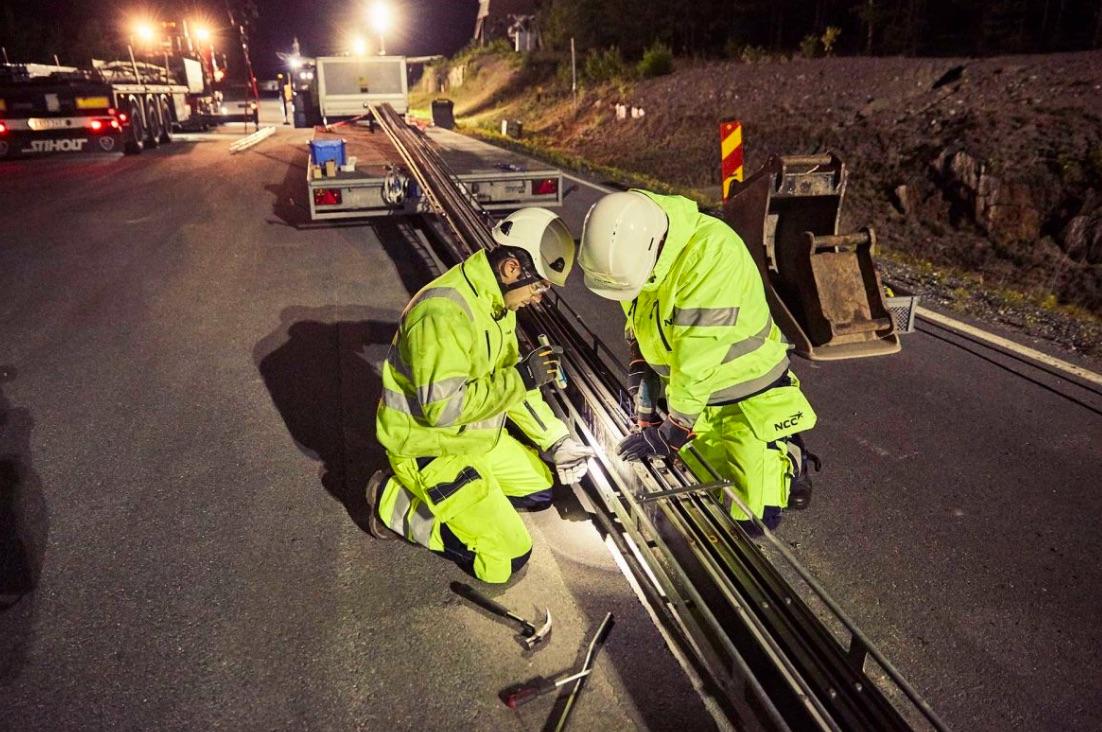 Budovanie cesty, ktorá bude nabíjať elektromobily