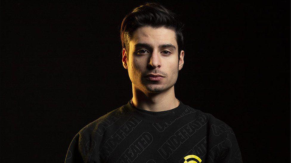 Thomas Paparatto, hráč eSports