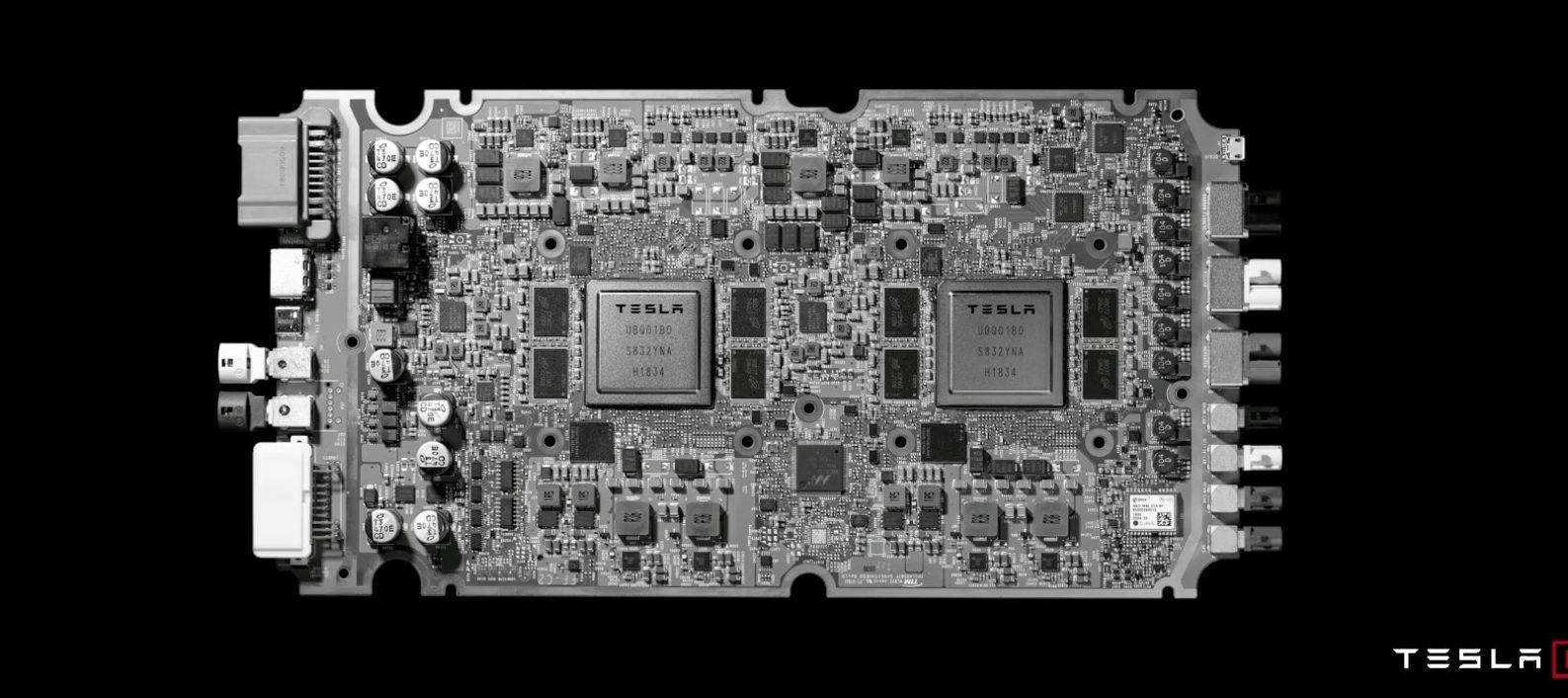 Tesla počítač