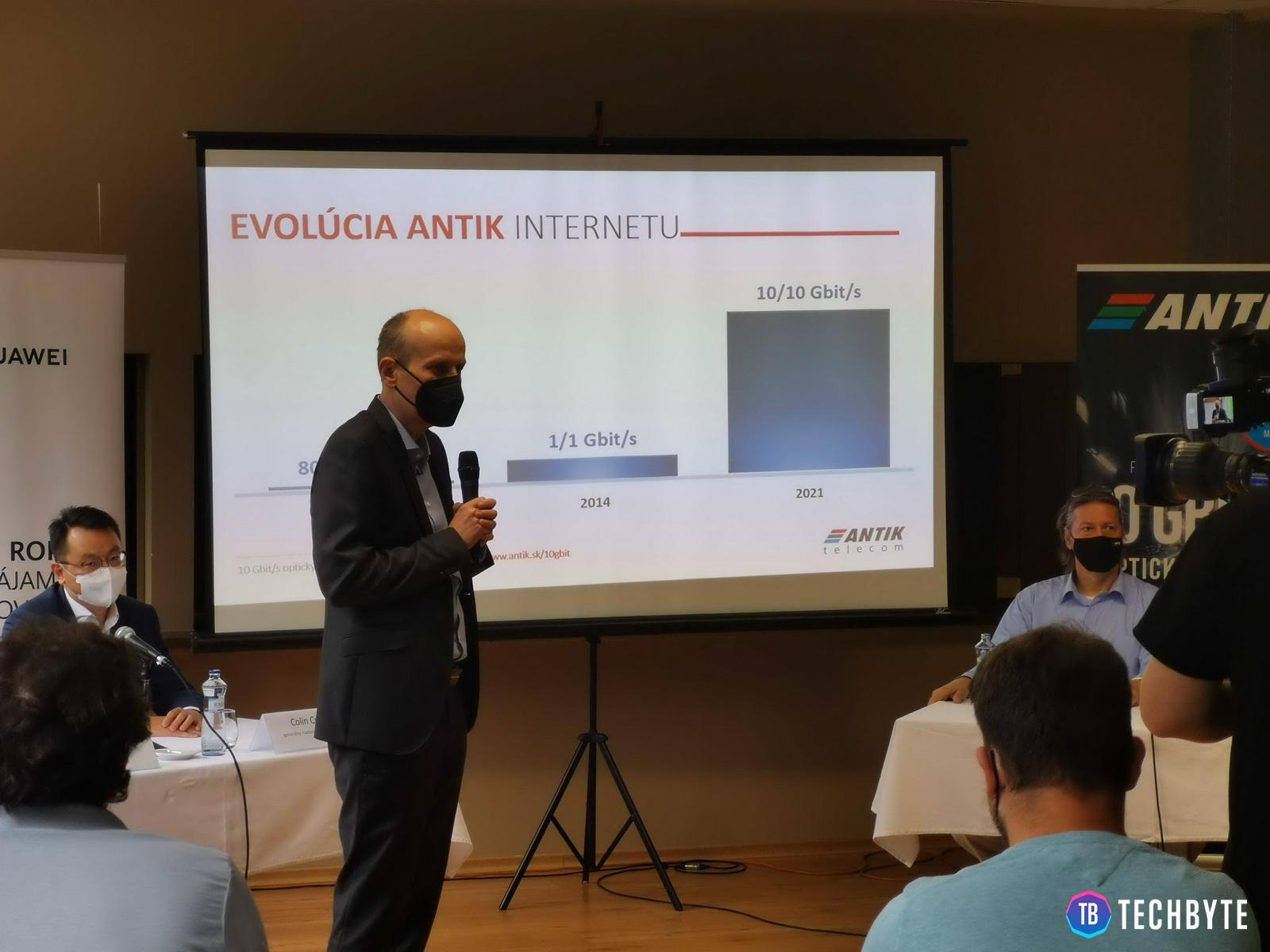Operátor Antik Telecom dnes ukázal budúcnosť internetu na Slovensku.