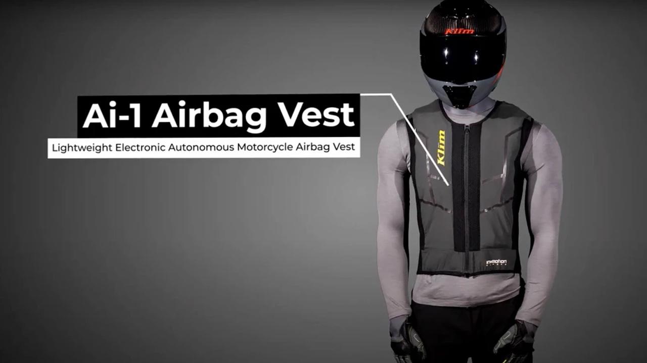 Airbag pre motorkárov kritizujú.